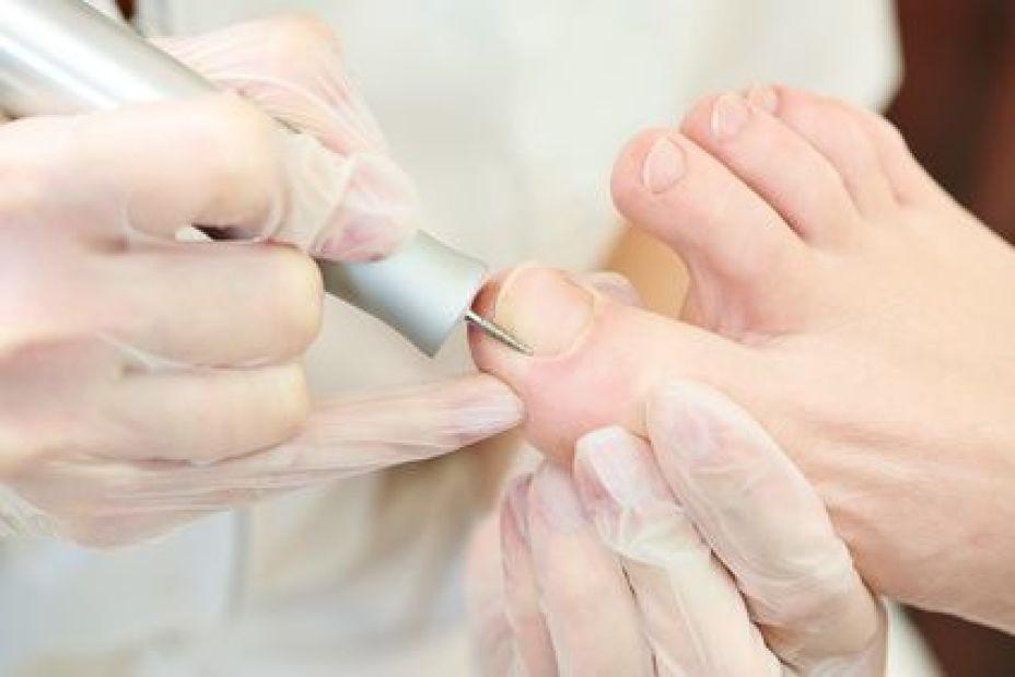 https://podologelifdemir.com/wp-content/uploads/2018/02/medikal-ayak-bakim.jpg
